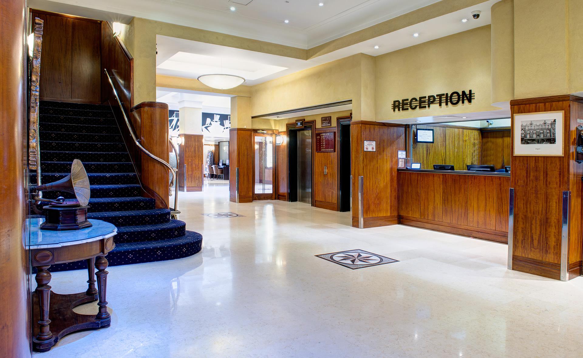 Sydney - Reception